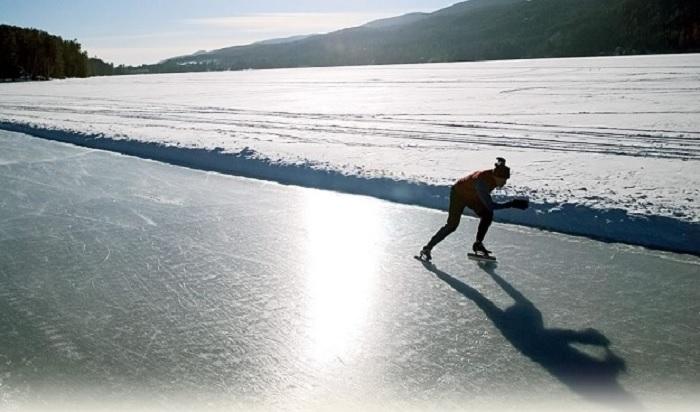 Ice Skating Trail at Lake Morey in Fairlee, VT