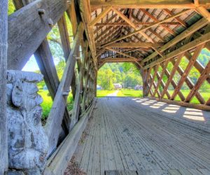 South Pomfret, Smith Covered Bridge