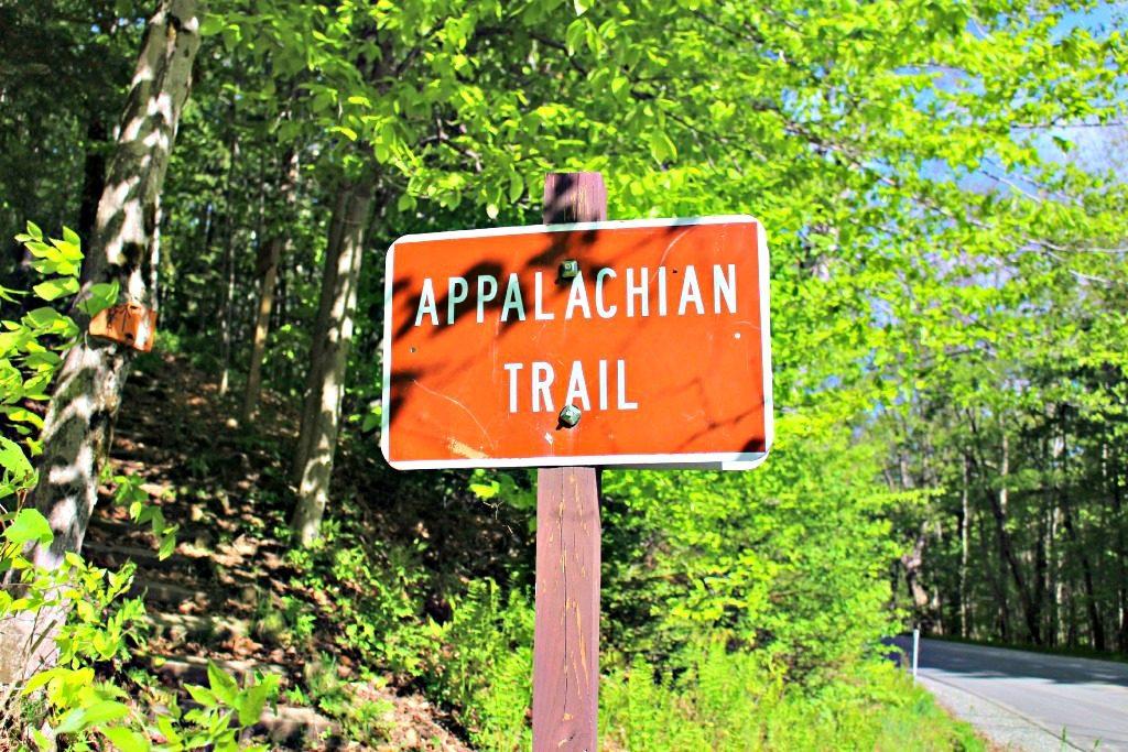 Holt's Ledge Appalachian Trail Head