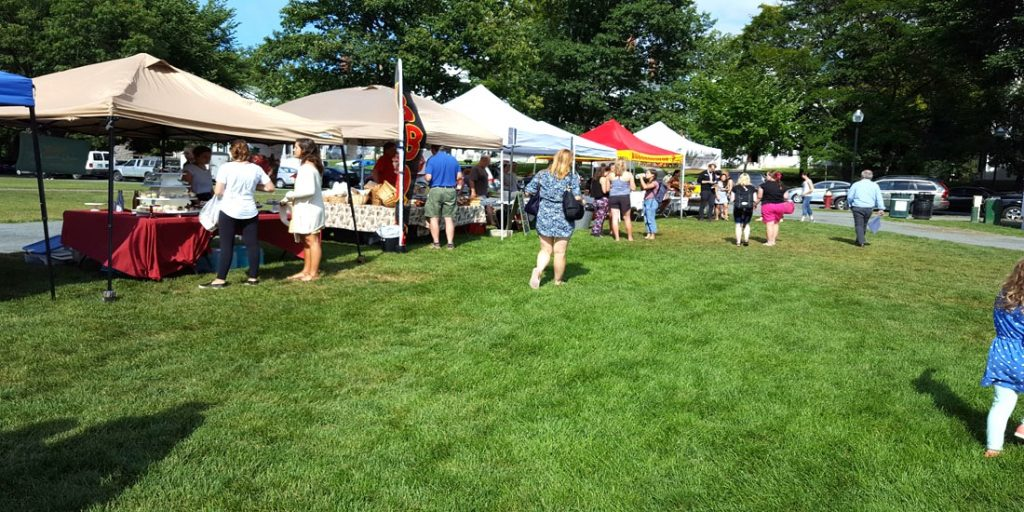 Farmer's Markets in the Upper Valley of New Hampshire and Vermont